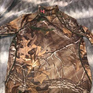 Under Armour hunting camo shirt